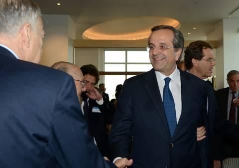 Διθυραμβικά σχόλια από το γερουσιαστή Μενέντεζ στον Αντώνη Σαμαρά