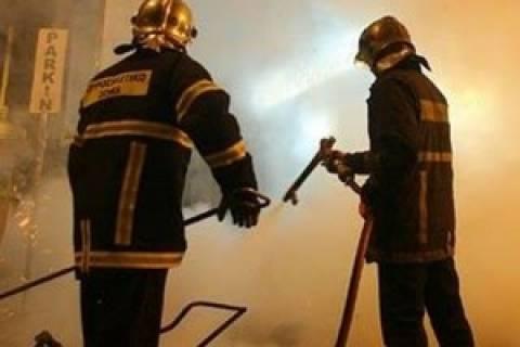 Μεταξουργείο: Πυρκαγιά σε αποθήκη χαρτικών