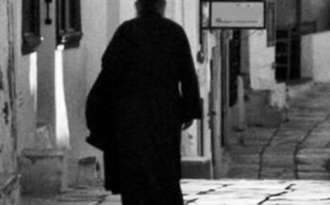 ΣΟΚ στη Ρόδο: Ιερέας κακοποιούσε την ανήλικη κόρη του