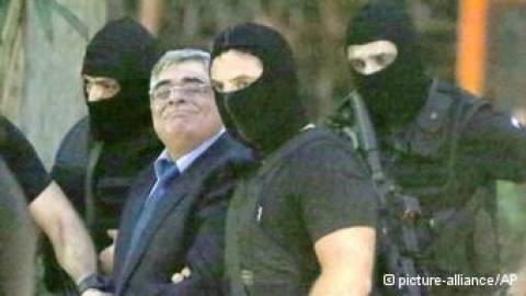 Le Monde: Εύσημα στην ελληνική κυβέρνηση για ΧΑ