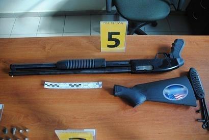Σέρρες: Συνελήφθη μέλος της Χρυσής Αυγής για οπλοκατοχή (pics)