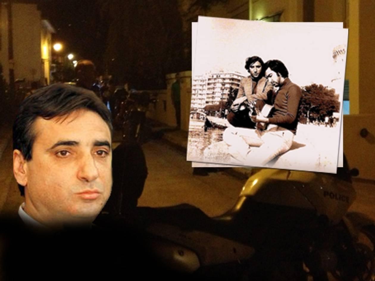 Ένας χρόνος μετά την αυτοκτονία του πρώτου Έλληνα πολιτικού (vid+pics)