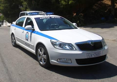 Συλλήψεις για οπλοκατοχή σε Λουτράκι και Αθίκια