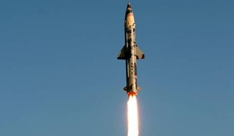Ινδία: Δοκίμασε πύραυλο που μπορεί να μεταφέρει πυρηνική κεφαλή