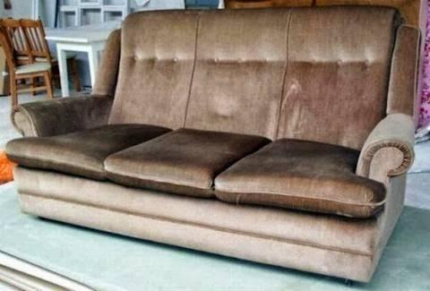 Μπορείτε να φανταστείτε τι κρύβει αυτός ο καναπές;