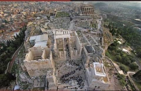 «Θησαυροί» θαμμένοι κάτω από την Ακρόπολη!