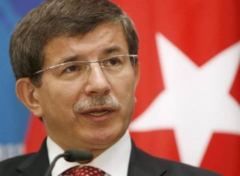 Νταβούτογλου: Η Ελλάδα πρέπει να γίνει σαν την Τουρκία