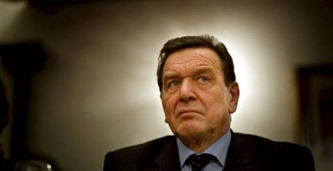 Ανταλλάγματα για την ένταξη της Ελλάδας στην ΟΝΕ προσδοκούσε ο Σρέντερ