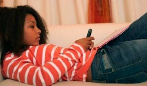 """Παιδόφιλοι αλιεύουν θύματα μέσω """"sexting"""""""