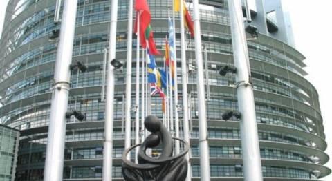 Απόβαση Καραμανλικών και Σαμαρά στις Βρυξέλλες