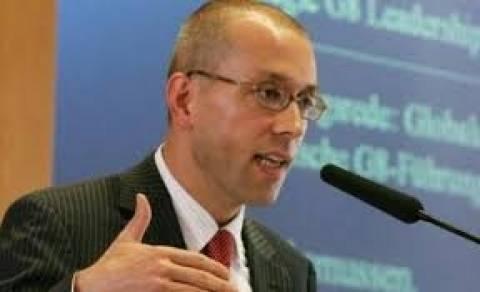 Μπλόκο της ΕΚΤ στη μετακύλιση των ελληνικών ομολόγων