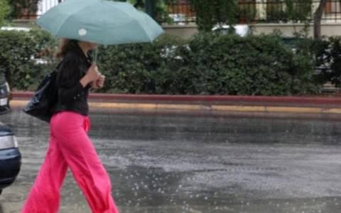 Ο καιρός σήμερα – Βροχές και πτώση της θερμοκρασίας
