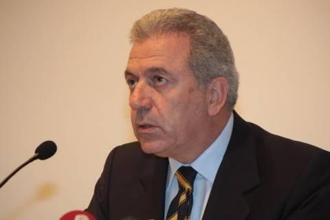Αβραμόπουλος: Πέντε «ενδιαφερόμενοι» για τα καύσιμα στις παρελάσεις