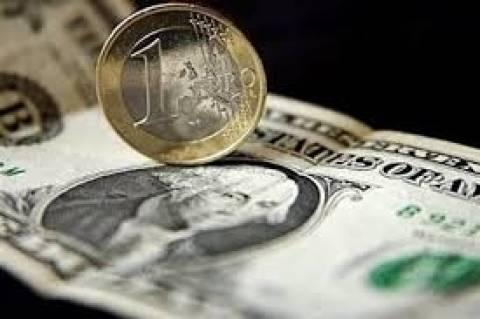 Προς τα 1,37 δολάρια σκαρφαλώνει το ευρώ