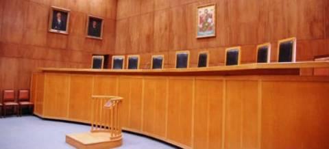 Απόφαση «ανάσα» δικαστηρίου για υπερχρεωμένο παπά
