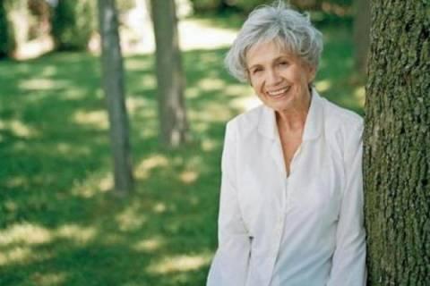 Απούσα από την τελετή η νικήτρια του Νόμπελ Λογοτεχνίας Άλις Μονρό