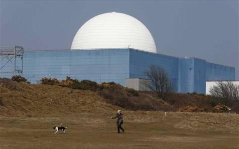 Σε συμφωνία για κινεζικές επενδύσεις στην πυρηνική ενέργεια η Βρετανία