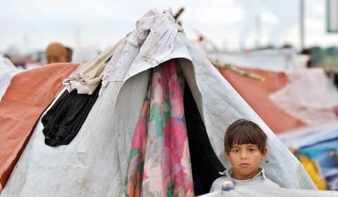 Μασσαλία: Iσοπέδωσε έναν από τους μεγαλύτερους καταυλισμούς Ρομά