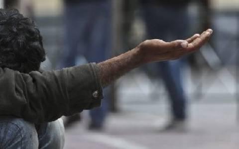 Λαμία: Έσπρωχνε την 7 χρονη κόρη της στην ζητιανιά