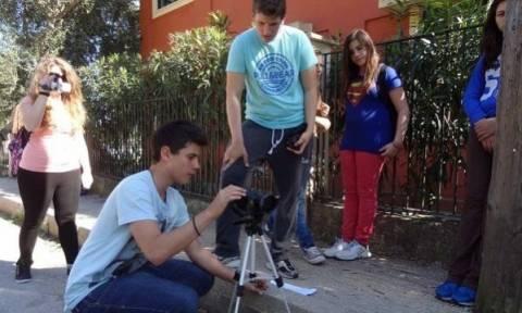 Στην κορυφή της Ευρώπης Ελληνες μαθητές για αντιρατσιστική ταινία