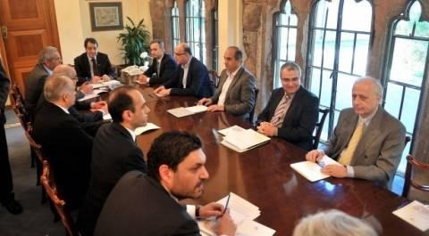 Επιθεώρηση των καμερών παρακολούθησης της ΚΤ Κύπρου