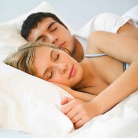 Άντρες Vs Γυναίκες: Πόσο ύπνο χρειάζεται ο καθένας;