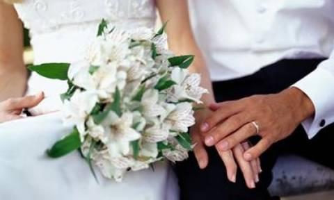 Απίστευτο: Τους έκλεψαν τα φακελάκια την ώρα του γάμου!