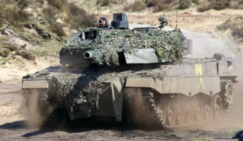 Πολωνία: Θα αγοράσει 116 μεταχειρισμένα άρματα μάχης Leopard