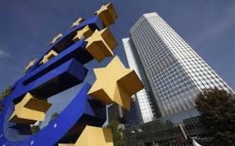 Ασφυκτικές πιέσεις στην ΕΚΤ για μείωση των επιτοκίων