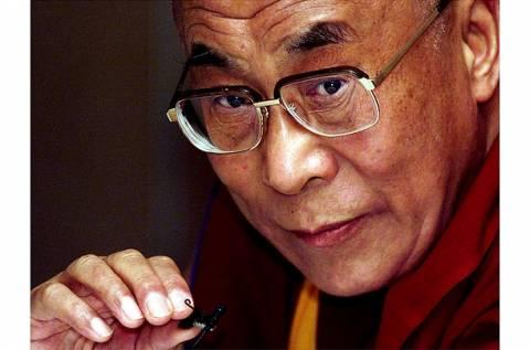 «Μπλόκο» στη φωνή του Δαλάι Λάμα σχεδιάζει η Κίνα