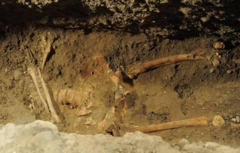 Τμήμα σκελετού και βυζαντινά κοσμήματα βρέθηκαν σε χωράφι!