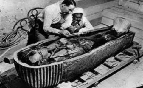 Η κατάρα της μούμιας: Μια... μυστήρια ιστορία