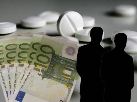 Έντονη φημολογία για «δώρα» εκατομμυρίων σε Έλληνες αξιωματούχους