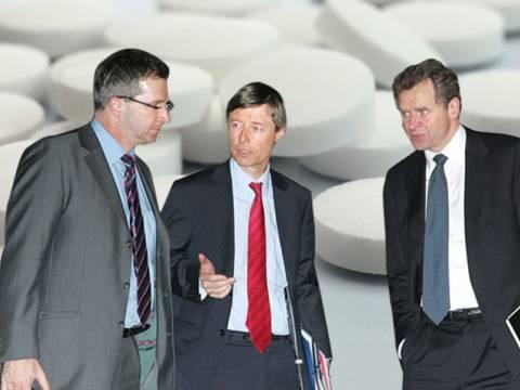 «Αλχημείες» για περαιτέρω μείωση της φαρμακευτικής δαπάνης