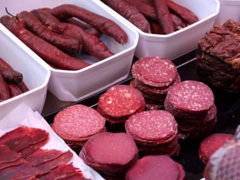 Μας σερβίρουν ακόμα μολυσμένο κρέας αλόγου;