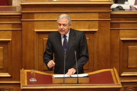 Αβραμόπουλος προς ΣΥΡΙΖΑ: Μην  επενδύετε στο διχασμό των Ελλήνων!
