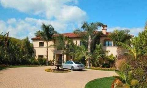Διάσημο ζευγάρι σε κρίση πουλάει κάτω από μυστικότητα το σπίτι του