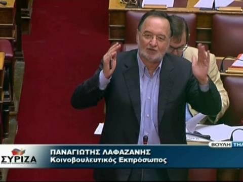 Χαμός μεταξύ Λαφαζάνη και Τραγάκη στη Βουλή για τη διαδικασία (Video)