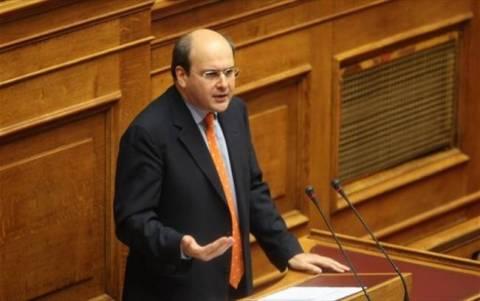 Χατζηδάκης: Η κυβέρνηση δεν θα αυτοκτονήσει για τους πλειστηριασμούς