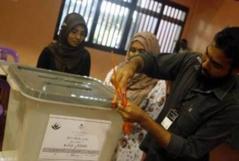 Μαλδίβες: Ανεστάλη ο δεύτερος γύρος εκλογών