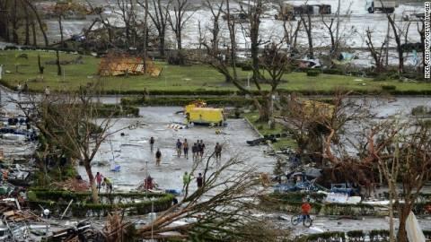 Φιλιππίνες: Φόβοι για 10.000 νεκρούς από τον τυφώνα Χαϊγιάν