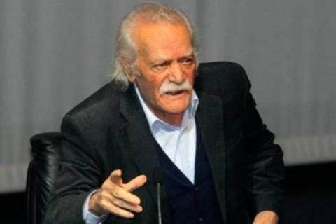 Γλέζος: Διαστρεβλώνουν τις απόψεις μου για να πλήξουν τον ΣΥΡΙΖΑ