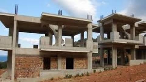 Σε ελεύθερη πτώση η οικοδομή, βουτιά 32% στο οκτάμηνο