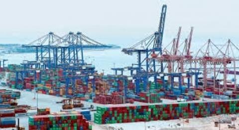 ΠΣΕ: Ποιοι τομείς των ελληνικών εξαγωγών αντιστέκονται στις πιέσεις