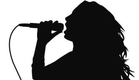 Τρεις Ελληνίδες τραγουδίστριες σε κύκλωμα διαδικτυακής πορνείας