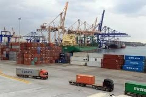 COSCO: Επένδυση 230 εκατ. ευρώ στο λιμάνι του Πειραιά