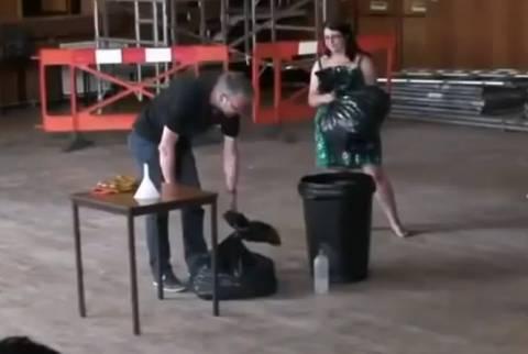 Όταν το υγρό άζωτο αναμιγνύεται με 1500 μπάλες του Ping Pong! (βίντεο)