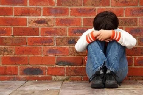 Αγρίνιο: Σύλληψη πατέρα για ενδοοικογενειακή βία