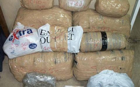 Ναυπακτία: Μετέφερε 1,2 τόνους χασίς με φορτηγό