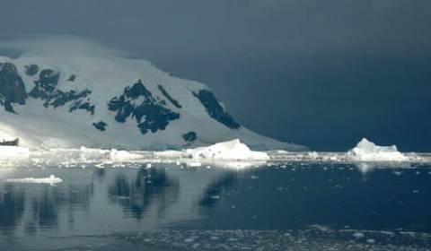 Παγόβουνο στο μέγεθος του Μανχάταν αποκολλήθηκε από την Ανταρκτική